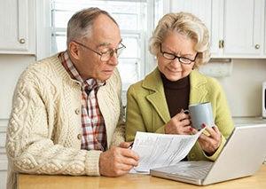 Может ли пенсионер взять ипотеку на жилье{q} Дадут ли кредит неработающему пенсионеру и на сколько лет{q} Как взять ипотеку на квартиру в Сбербанке{q}