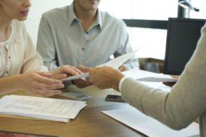 Какие банки выдают ипотеку по двум документам?