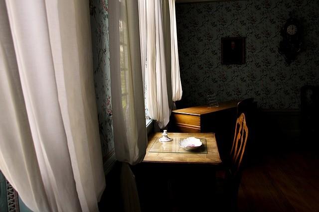 Изображение - О возможности оформления ипотеки на комнату window-1373022_640